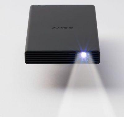 جعبه گشایی پروژکتور جیبی سونی MP-CD1